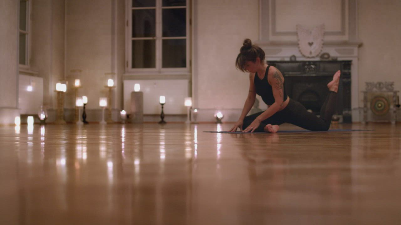 瑞士Stadler Form 浪漫燭光香氛水氧機 Zoe 消光黑 product video thumbnail