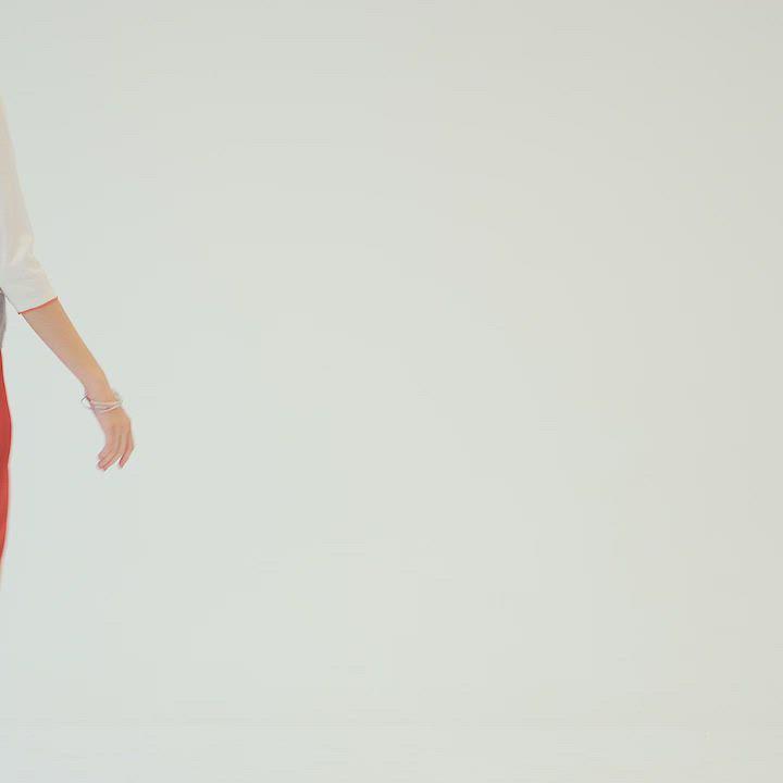 【麥雪爾】磚紅金屬腰飾八分寬褲 product video thumbnail