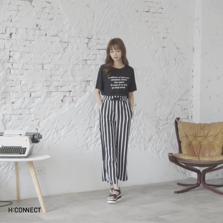 H:CONNECT 韓國品牌 女裝-褲管開岔直條紋寬褲-黑 product video thumbnail