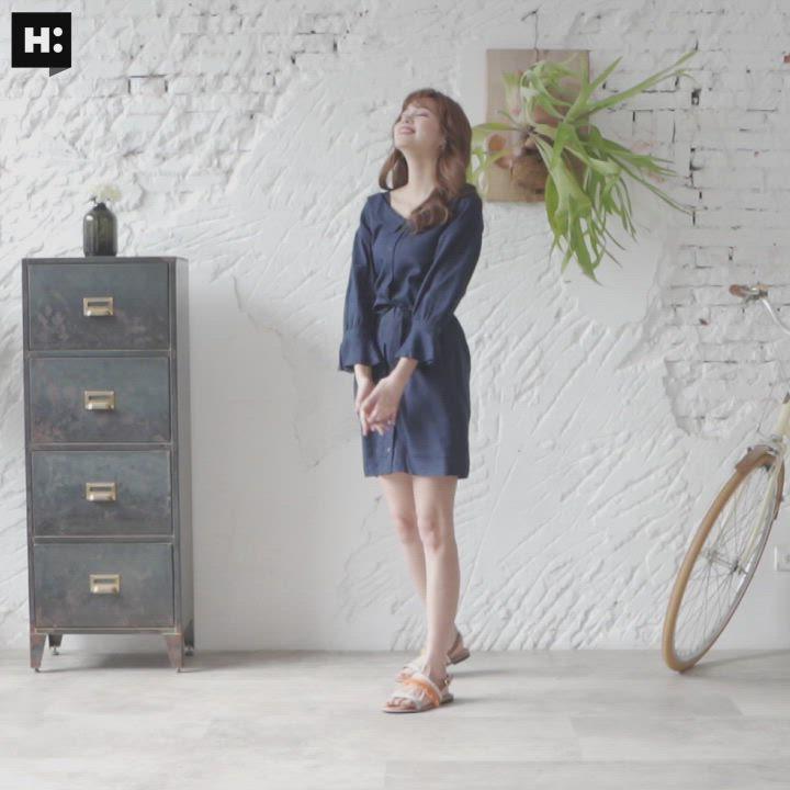 H:CONNECT 韓國品牌 女裝-甜美綁結排扣洋裝-藍 product video thumbnail