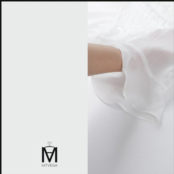 MYVEGA麥雪爾 MA浪漫蕾絲雕花五分袖罩衫外套-黑 product video thumbnail
