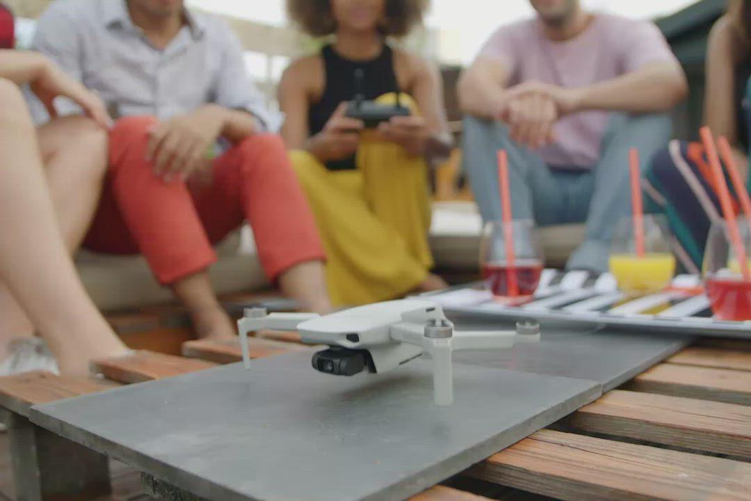 DJI Mavic MINI 摺疊航拍機-套裝版(公司貨) product video thumbnail