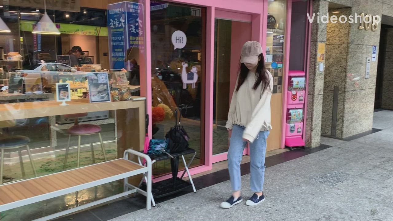 PLAYBOY 清新電繡兔頭懶人鞋-淺藍-Y7201I9 product video thumbnail