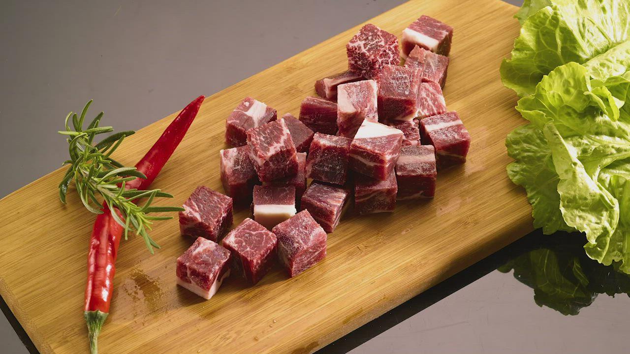 任-美福 美國安格斯原塊骰子牛肉(250g/包) product video thumbnail